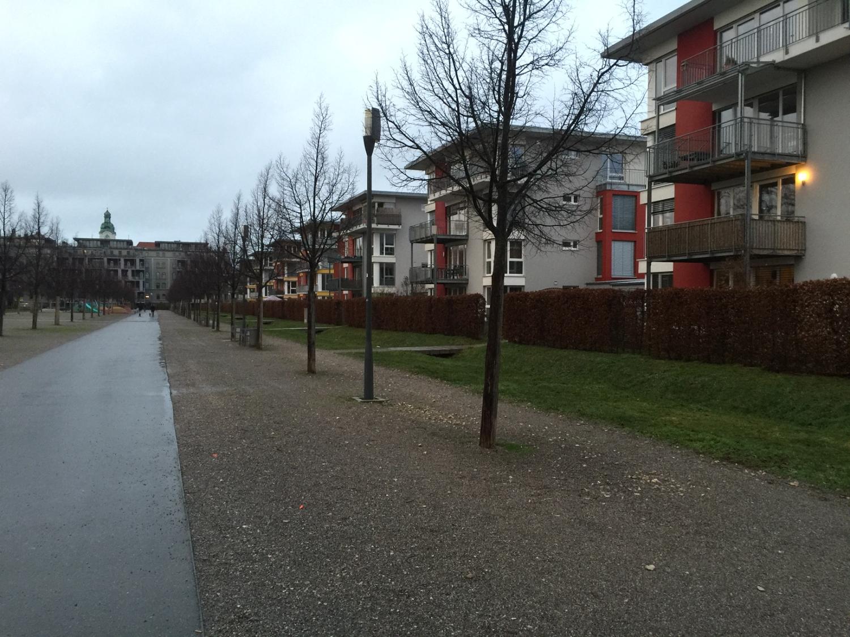 Idyllische Etagenwohnung direkt am Südstadtpark mit großzügigem Grundriss in