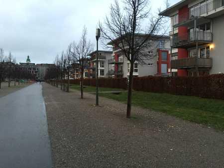 Idyllische Etagenwohnung direkt am Südstadtpark mit großzügigem Grundriss in Südstadt (Fürth)