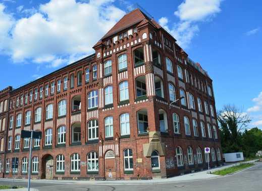 Schöne 5-Zimmer-Loft-Wohnung mit Balkon in Brandenburg - Cottbus