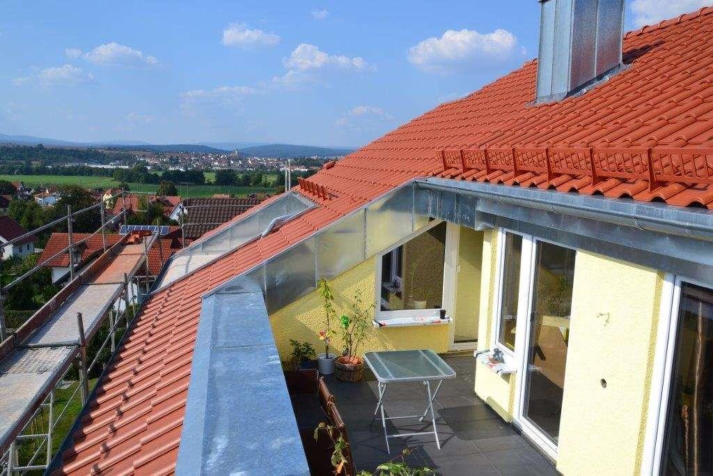 Schöne 4-Zimmer Dachgeschosswohnung ab sofort frei!