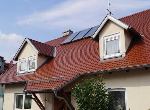 Neuwertige 3-Zimmer-DG-Wohnung mit neuer EBK und riesiger Dachterrasse in Erlangen