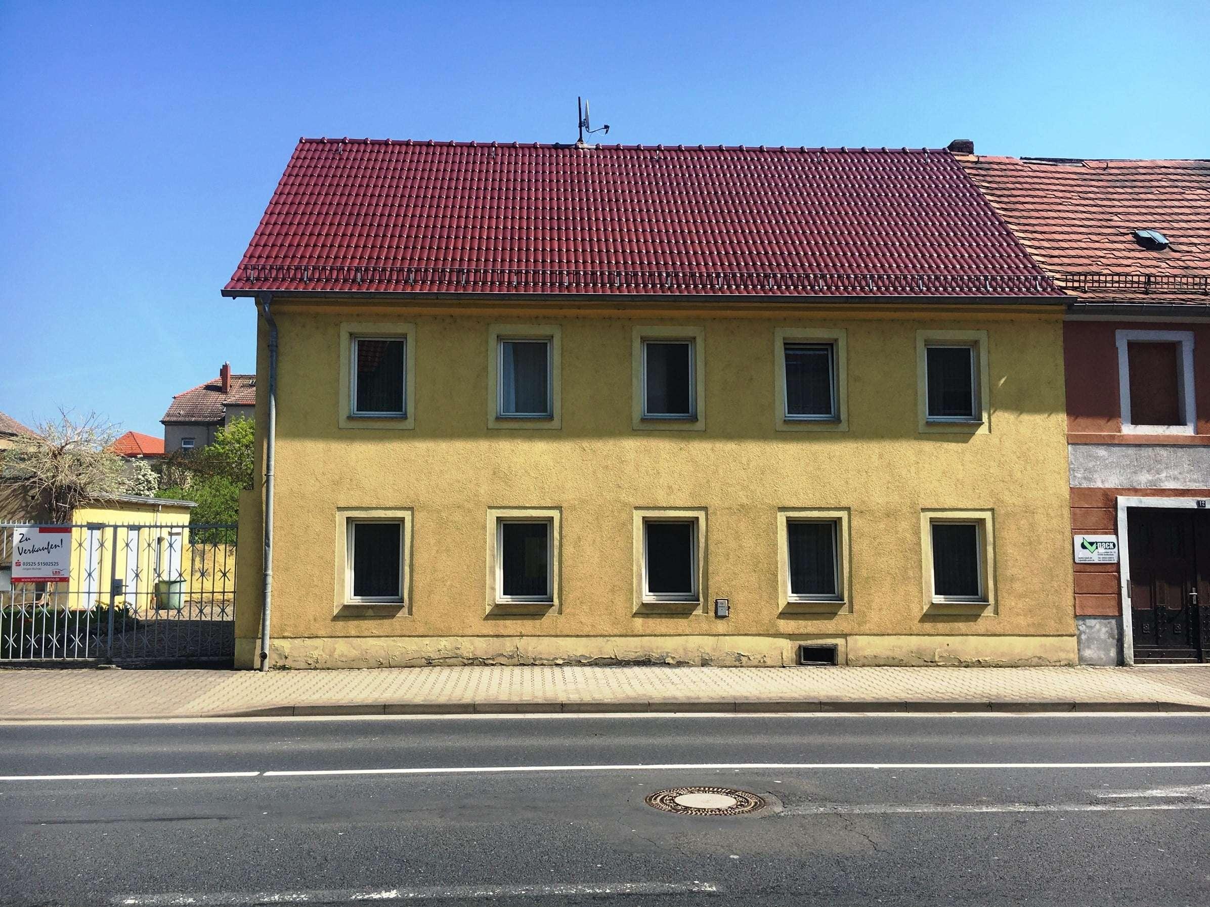 Umbauen und zeitgemäßen Wohnraum schaffen - ein Anwesen für geschickte Handwerker - Haus zum Kauf in Großenhain
