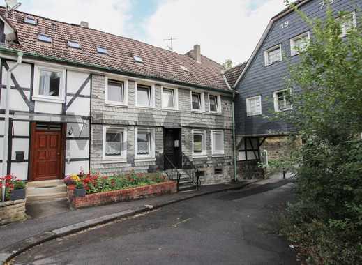 Modernisiertes Fachwerkhaus mit 4 Wohneinheiten für Kapitalanleger zentral in Neviges