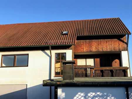 *** Schöne 3,5 Zimmer Wohnung mit Balkon mit Blick ins Grüne *** in Konradsiedlung-Wutzlhofen (Regensburg)