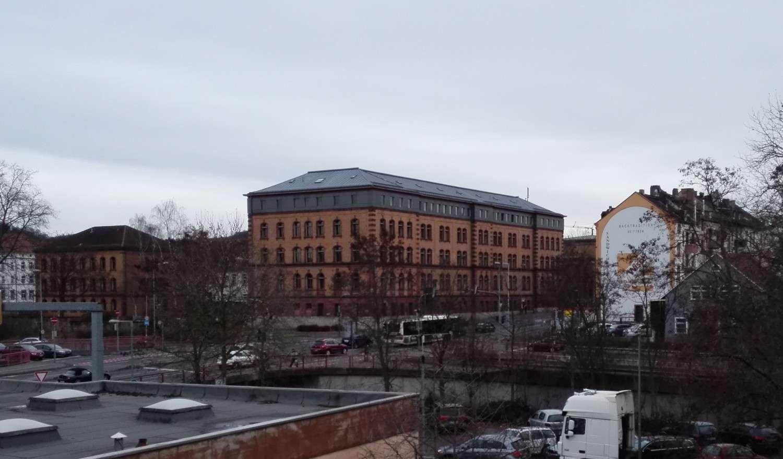 Gemütliche vier Zimmer Wohnung in Aschaffenburg, Stadtmitte in