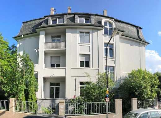 Frisch sanierte Altbauwohnung   3 Zimmer im 1. Obergeschoss