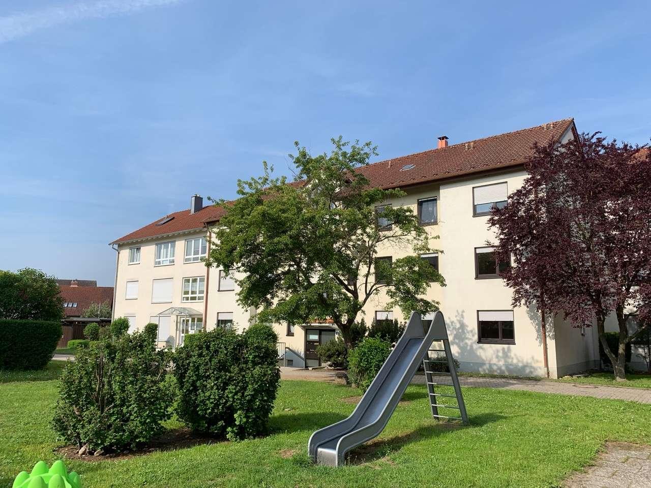 WOHNEN IM GRÜNEN - Großzügige 4-Zimmer Wohnung in Volkach zu vermieten