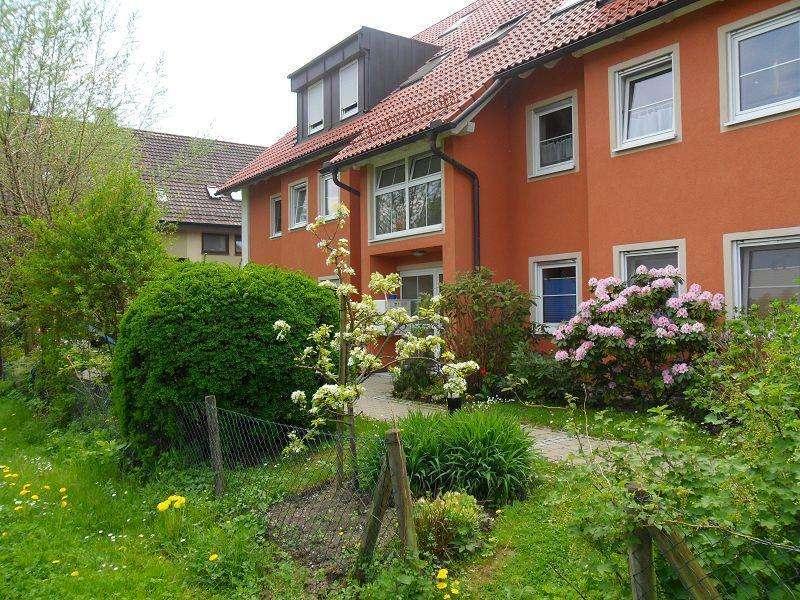 Gepflegte 3,5-Zimmer-DG-Wohnung mit 3 Balkone zentral in Lindau