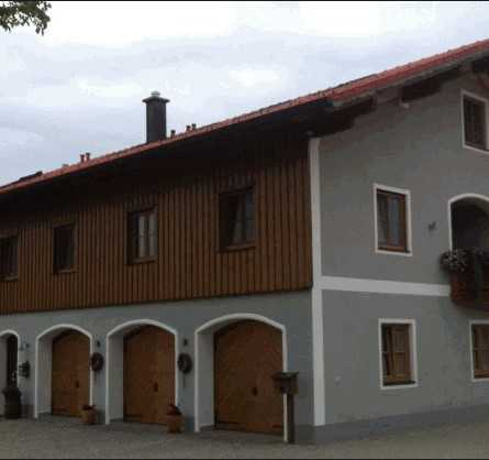 Exklusive schöne helle Dachgeschosswohnung im ländlichen Aussenbereich ab 01.03.2021 zu vermieten in Tacherting