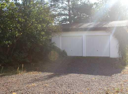 Große Garage mit 2 Toren zu vermieten!