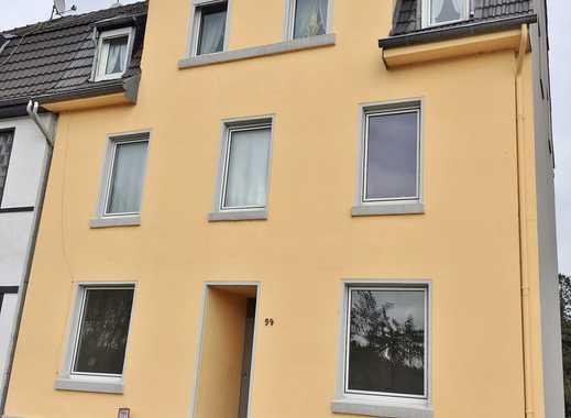 Zwei gepflegte Altbauten mit gesamt 6 Wohnungen in Viersen
