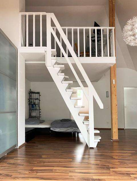 Brück Immobilien - *Vermietung Loft* 3,5 Zi.-Maisonettewohnung mit Gartenanteil in Grasbrunn