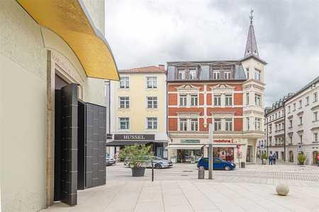 Großzügige Altbauwohnung in sehr schönen alten Klinkerhaus direkt im Zentrum in Altstadt (Passau)