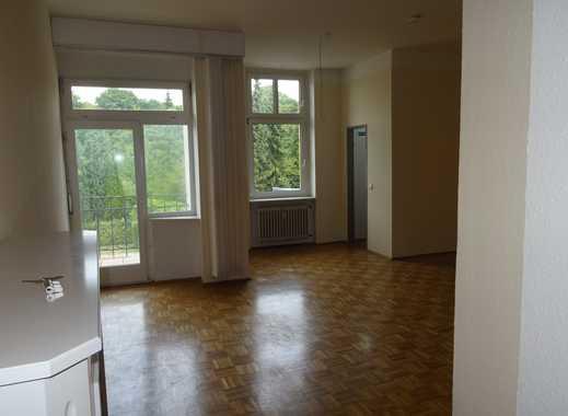 Hineinspaziert ! Großzügige, helle 3-Zimmer-Wohnung mit Balkon in Gevelsberg