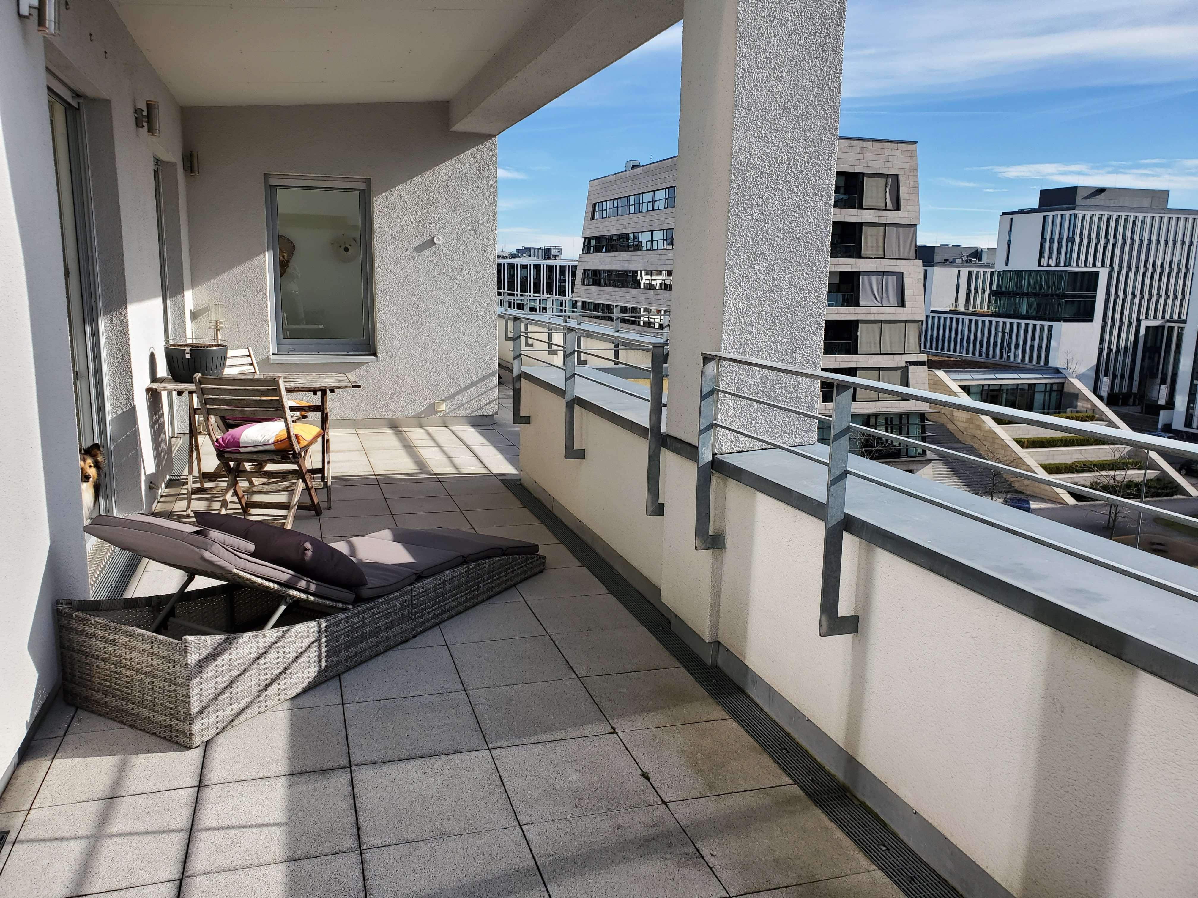 Exklusives Penthouse nahe Hackerbrücke von privat (warm und vollmöbliert) in Maxvorstadt (München)