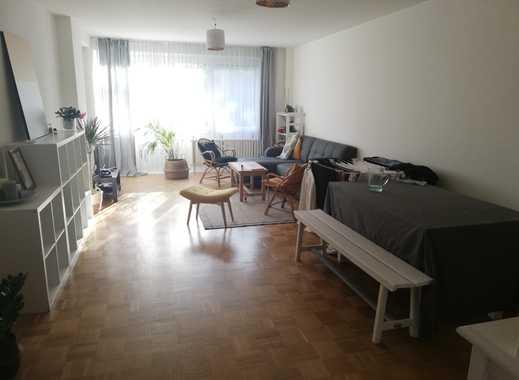Schöne 3-Zimmer-Wohnung mit Balkon // Visits 16/06 + 17/06 + 18/06 19h-20h