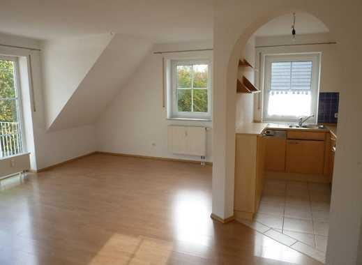 Helle, freundliche 4-Zimmer-Maisonette-Wohnung mit Südbalkon