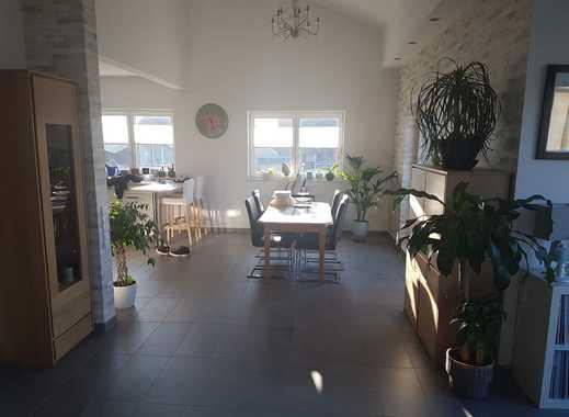 Neuwertige 3-Zimmer-Wohnung ( 2. Bezug ) mit  2 Balkonen in HS-Porselen