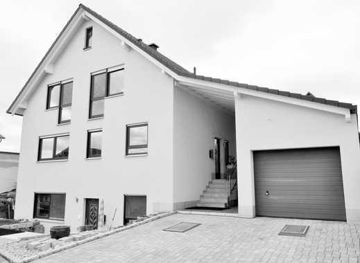 Elegantes top-gepflegtes  Einfamilienhaus mit Einliegerwohnung in der Nähe von Würzburg