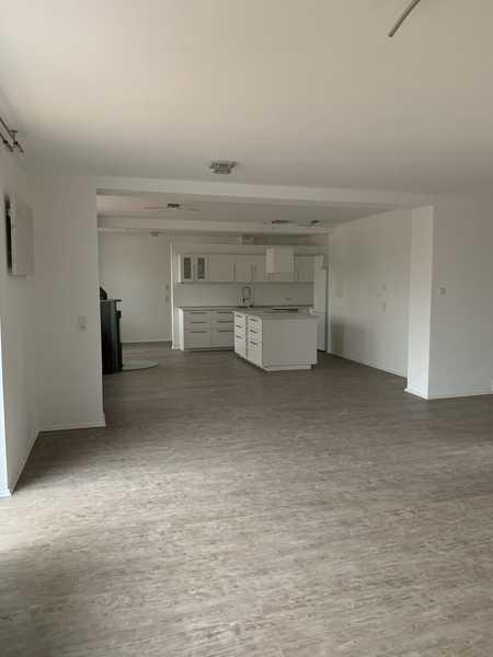 Erstbezug nach Sanierung: schöne 2,5-Zimmer-EG-Wohnung mit EBK in Schwandorf in Schwandorf