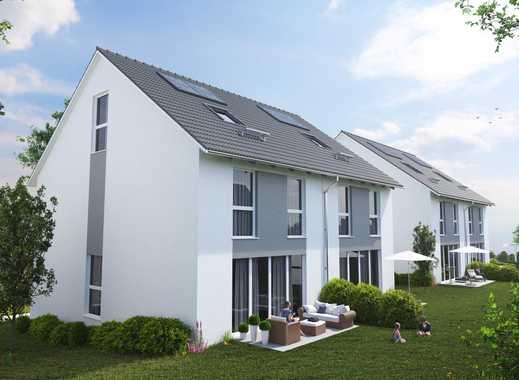 Viel Platz für die Familie: Großzügige Doppelhaushälfte in ruhig gelegenem Neubaugebiet