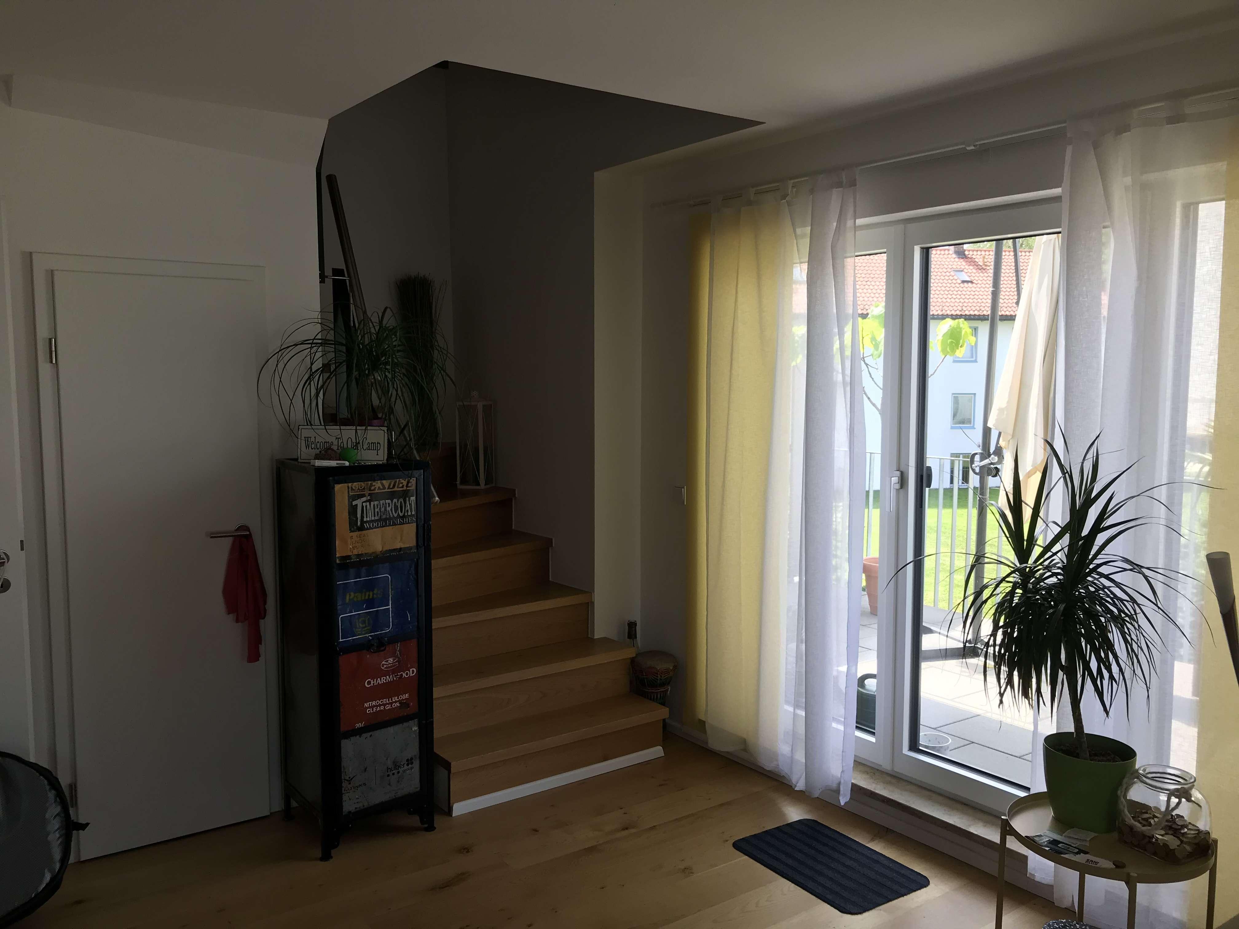Neuwertige 2-Zimmer-Maisonette-Wohnung mit großem Balkon in Dachau