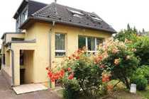 Bild Einfamilienhaus mit viel Platz und 730m² Grundstück davon 365m² zus. Bauland - teilbar