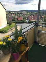 Große Dreiraumwohnug mit Balkon und