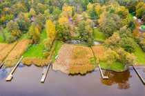 Einzigartiges See-Grundstück mit Altbestand