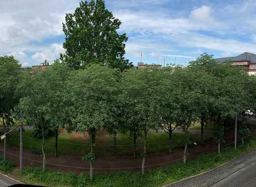 Schöne helle 4-Zimmer-Dachgeschosswohnung in Darmstadt City