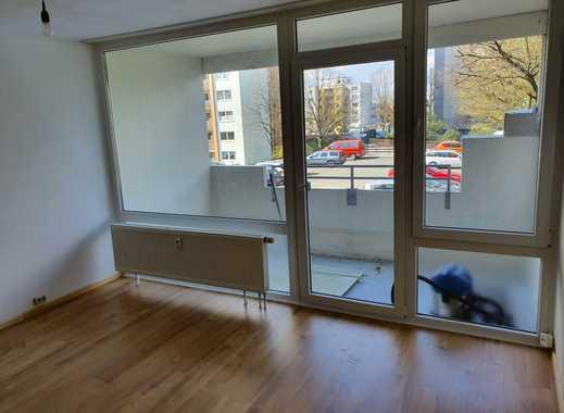 Neu renoviertes 1-Zimmer-Apartment mit Balkon und EBK in Wuppertal Katernberg