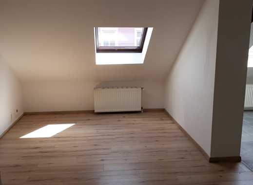Attraktive, gepflegte 2-Zimmer-Dachgeschosswohnung zur Miete in Leipzig