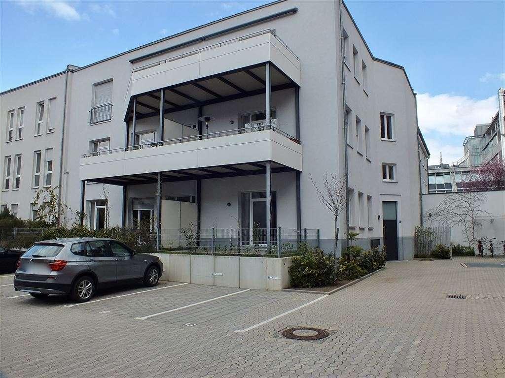 Spitzen 1 Zimmer Teraasenwohnung in Gostenhof - Ab Sofort frei in