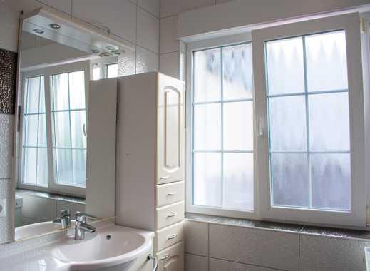 Sehr schönes 14 qm Zimmer in großer 3er-WG mit Riesenterrasse, Wohnzimmer und großer Küche