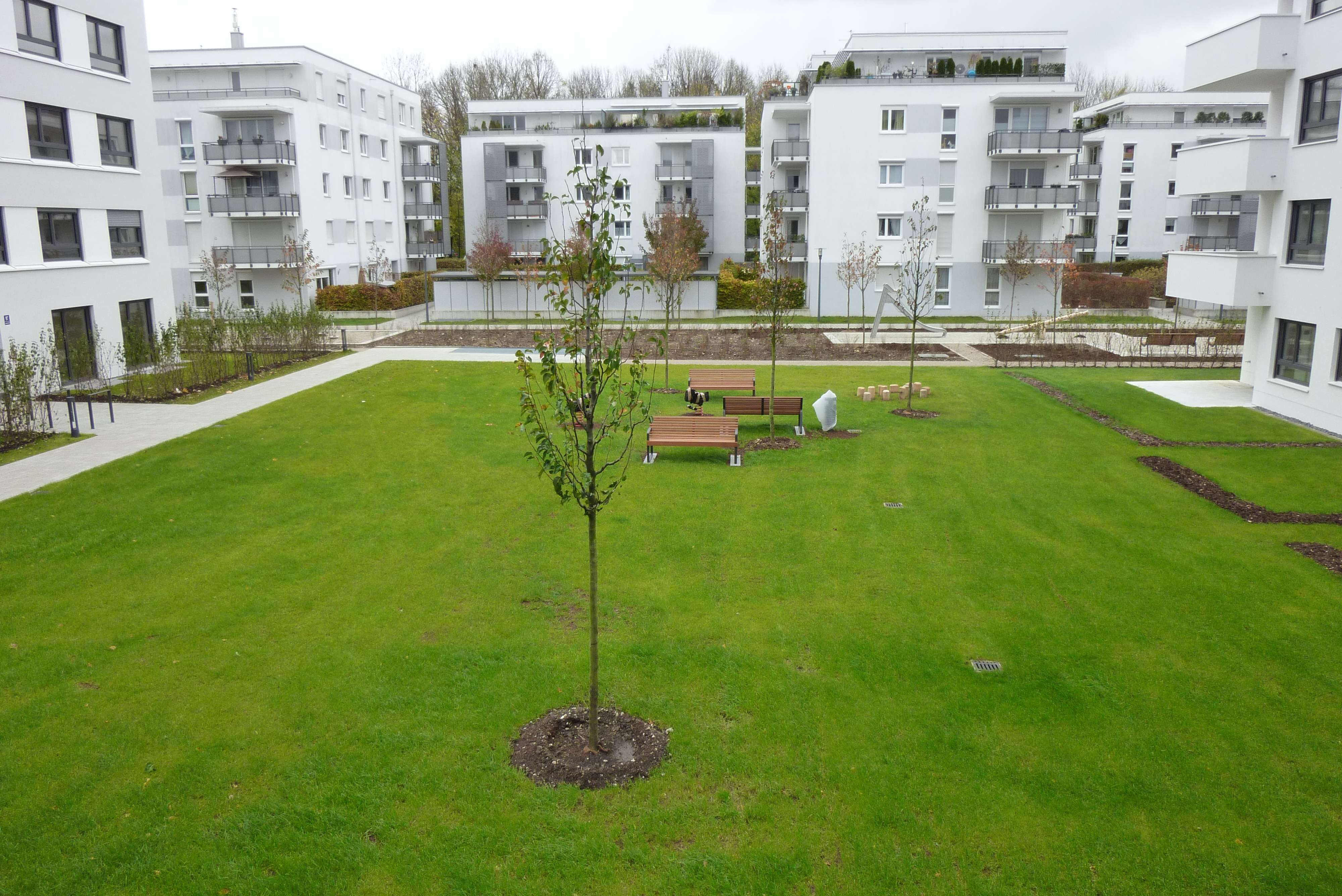 Schöne helle 3 Zimmer Wohnung in Bogenhausen, neuwertig in