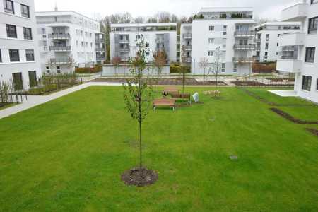Schöne helle 3 Zimmer Wohnung in Bogenhausen, neuwertig in Bogenhausen (München)