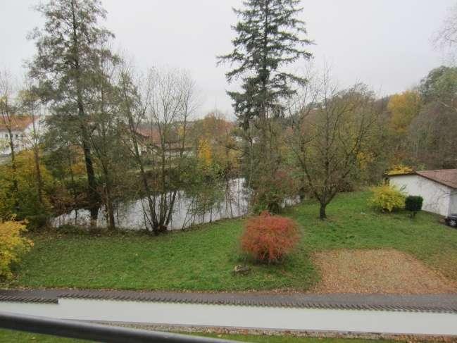 Große 4-Zimmerwohnung mit Balkon in Altdorf (Landshut)