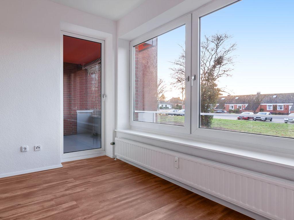 Beispiel Wohnzimmer mit Loggia