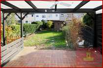 Reihenmittelhaus mit Garten neues Dach