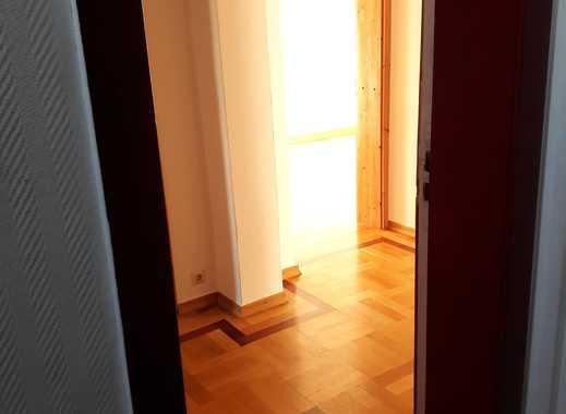 Helle, ruhige 5-Zimmer Wohnung in Berlin Mahlsdorf-Süd mit 2 Bädern, Südrichtung, Garten, Fußbodenhz