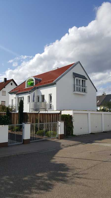 Schöne 3 Zimmer Dachgeschosswohnung mit Loggia sowie eigener Garage in Ingolstadt (Nordost) ! in Nordost (Ingolstadt)