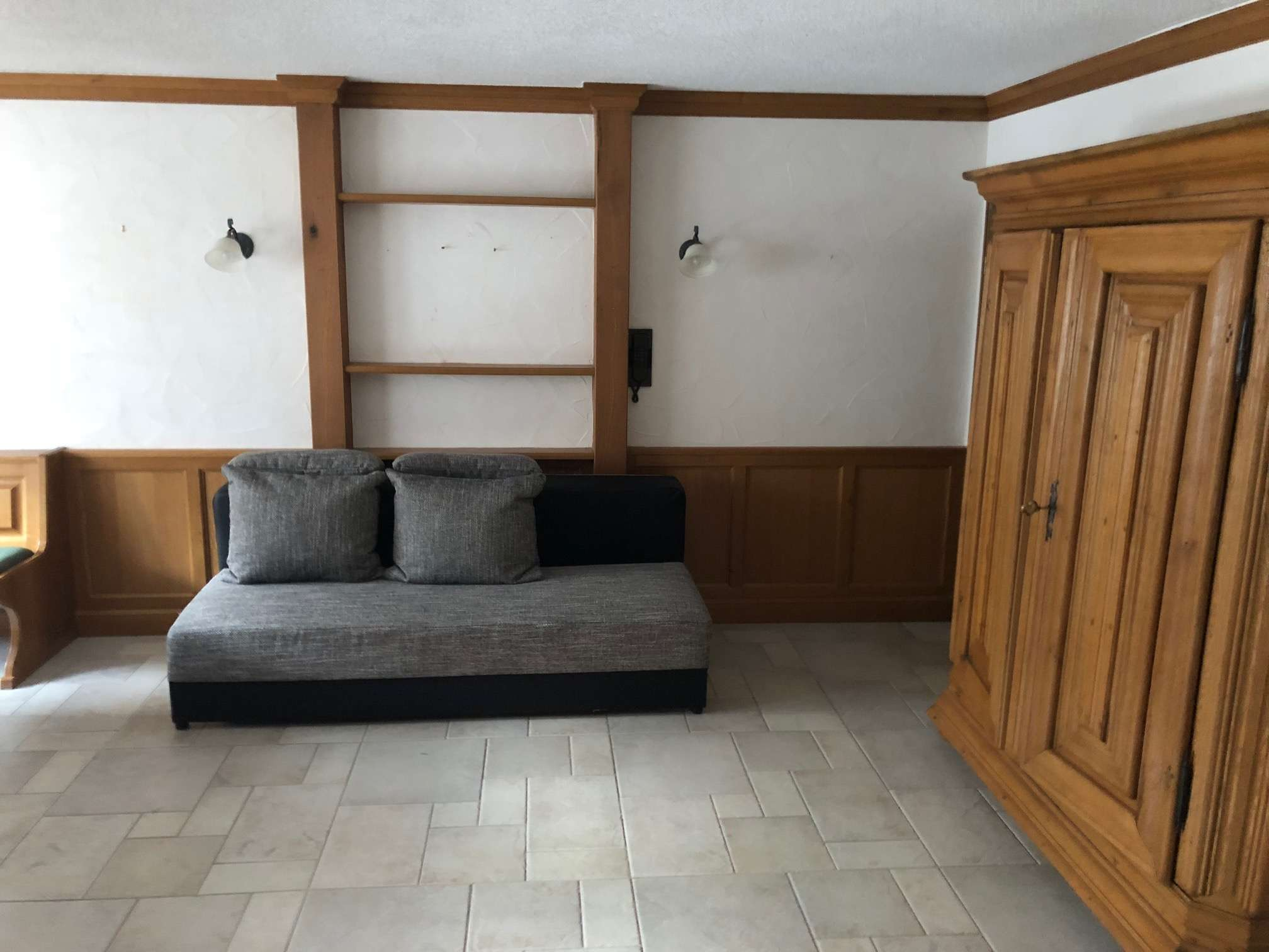 Möbliertes Apartment mit Küche und Bad