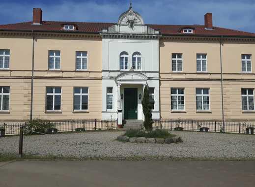 Jagdschloss in naturnaher Lage direkt am Daschower See