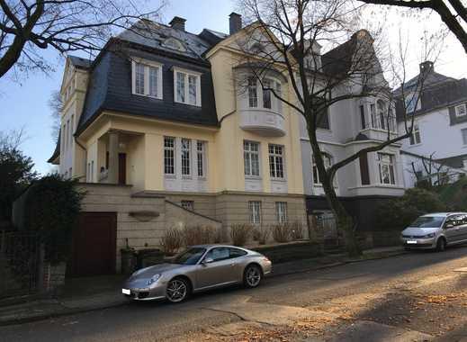 2-Zimmer Dachgeschoss- Mietwohnung mit Balkon in Wuppertal- Vohwinkel