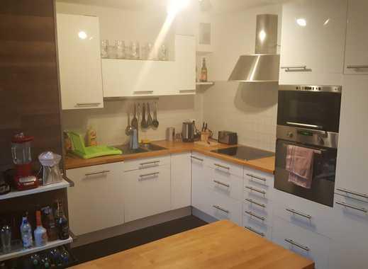 Stilvolle 3-Zimmer-Maisonette-Wohnung mit Balkon und EBK in Pullach