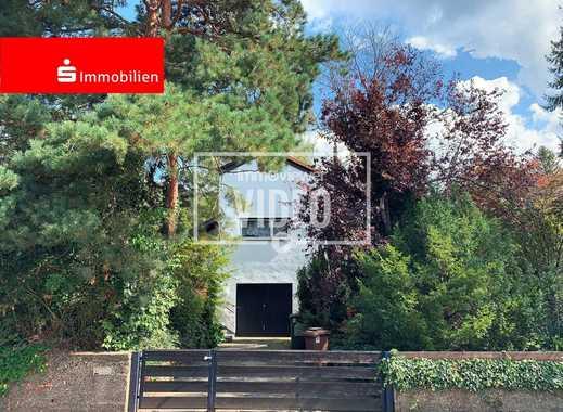 Grüne Oase in bester Auerbacher Wohnlage mit 170 m² Wohn- Nutzfläche!
