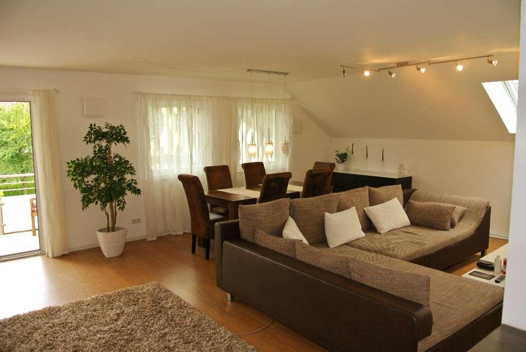 Schöne und moderne,  v.a. geräumige zwei Zimmer Wohnung in München, Fasanerie-Nord