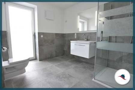 *Wohnen im Zentrum von Krumbach**Moderne und helle Wohnung mit Flair* in Krumbach (Schwaben)