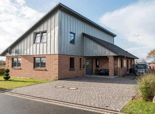 Modernes 7-Zi-Einfamilienhaus mit Einbauküche, Terrasse, schönem Garten & großer Photovoltaikanlage