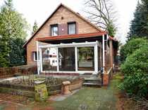 Renovierungsbedürftiges Wohnhaus mit Einliegerwohnung in